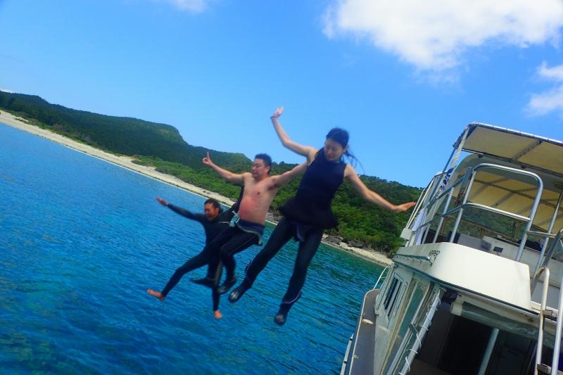 船からジャンプ